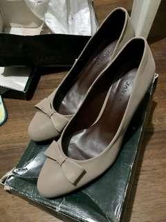 Janeo Heels (Taupe)