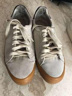 bershka shoes (suede)