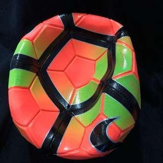 BN Nike Strike Size 5 Soccer Ball