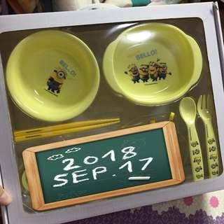 Minions 小童餐具 (碗 x 2 , 筷子 , 叉匙)