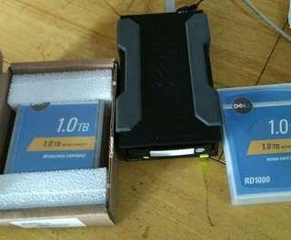 DELL RD1000 portable drive with 1x 1T NEW DATA.CARTIDGE