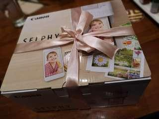 BRAND NEW Canon Selphy Printer