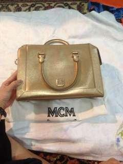 MCM Nuovo Tote bag Gold