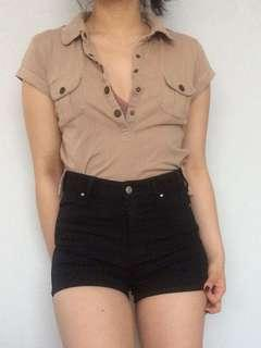 Brown collar tshirt