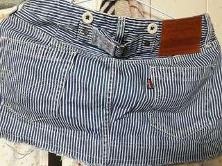 🚚 LIVES-STRAUSS&CO造型短裙