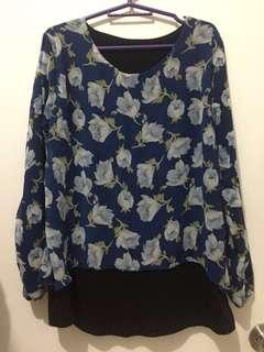 ❗️FREE❗️Blue Chiffon Floral Top (just pay for sf)