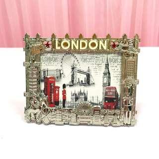 [Rent] London Frame