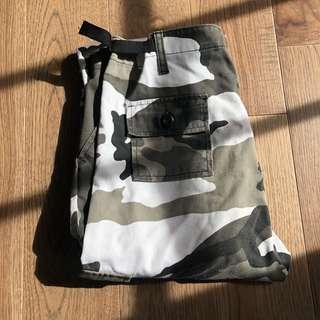 camo/cargo pants