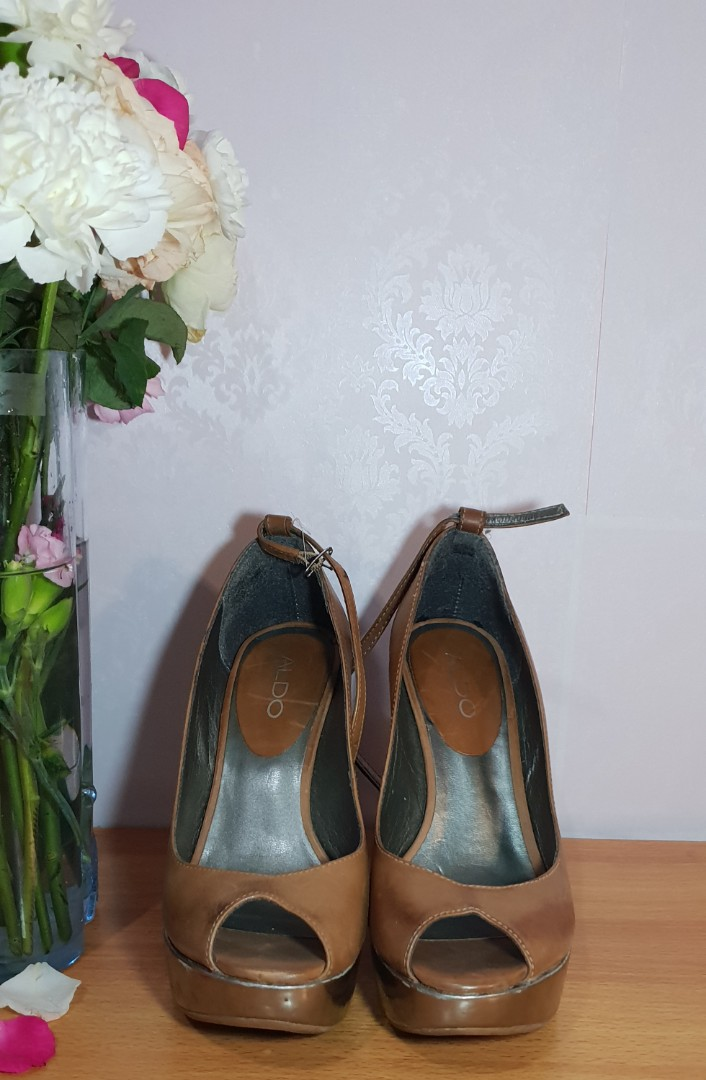 3efdd28b02b ALDO brown pumps