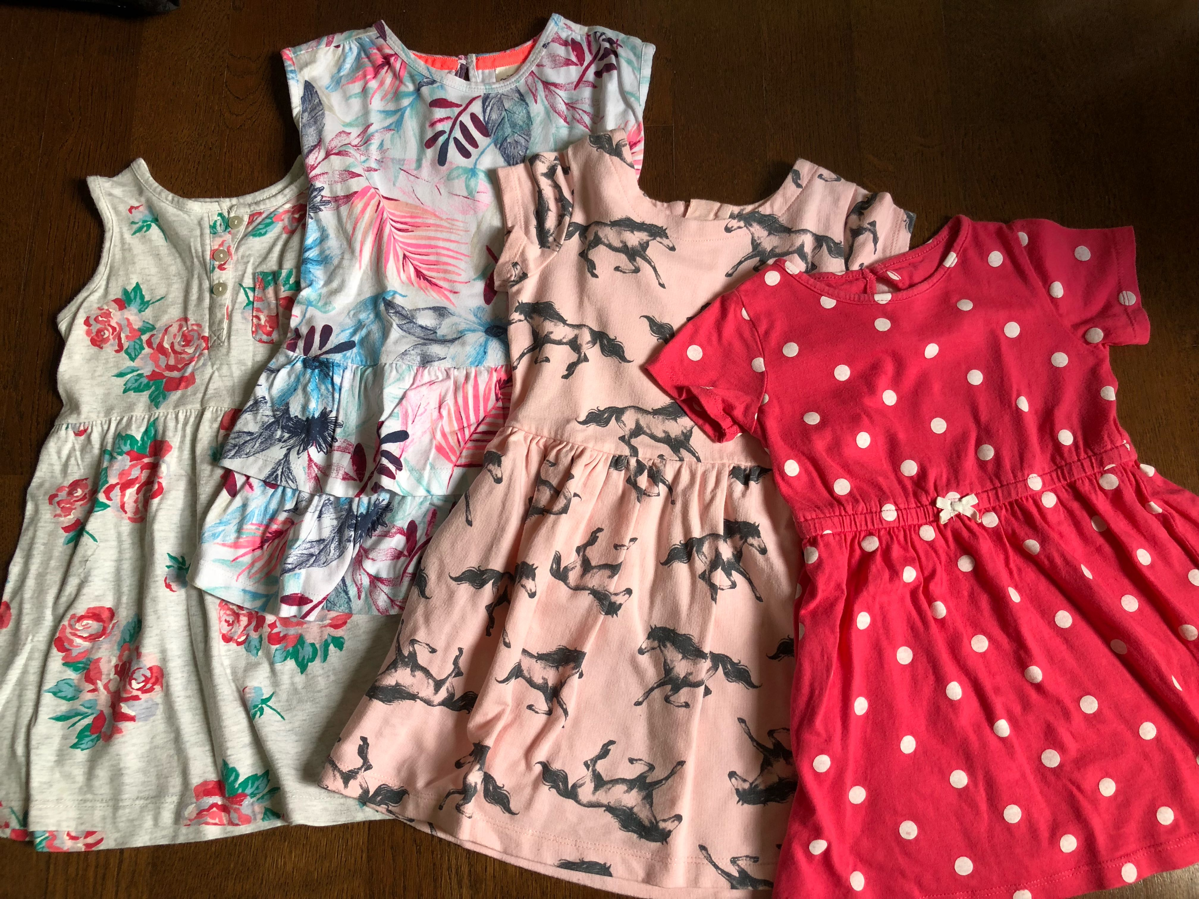 042b49818 Carter's and Osh kosh Girls Dresses (2T), Babies & Kids, Girls ...