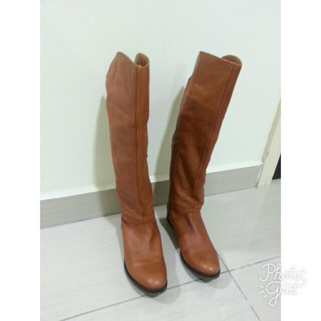 A escala nacional Pacífico Judías verdes  Clarks Ladies Knee High Tan Leather Boots UK6, Women's Fashion, Shoes on  Carousell
