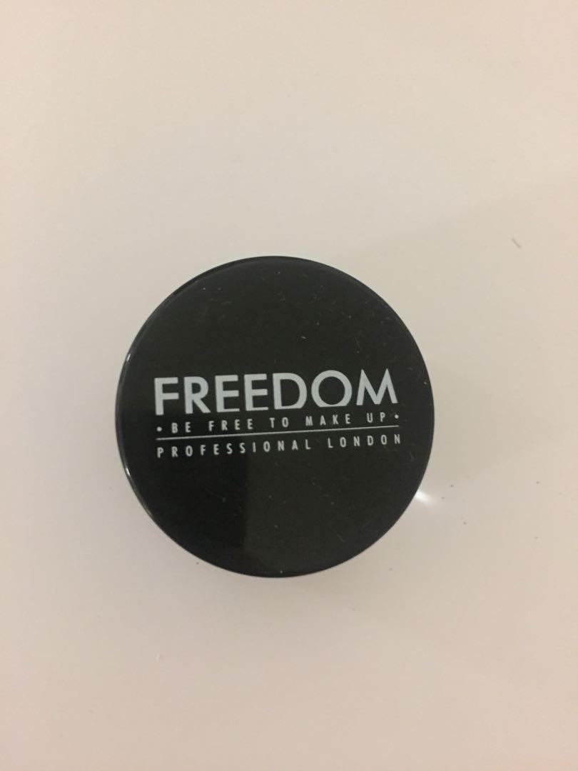 Freedom Eyebrow Pomade Dark Brown