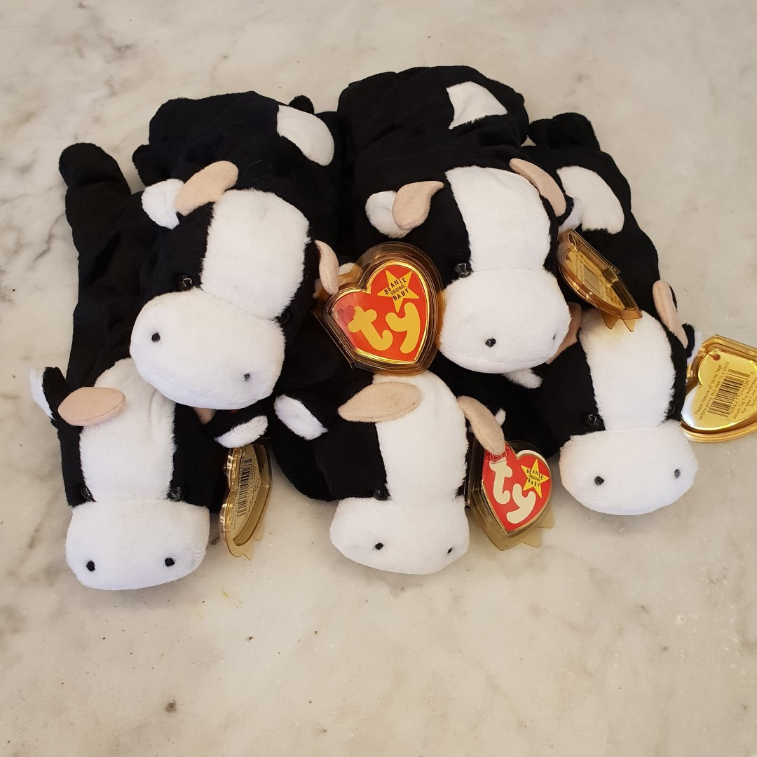 6db61f4403e 1 Left. GENUINE TY BEANIE BABY - Daisy The Cow. Brand new. Mint Tags ...