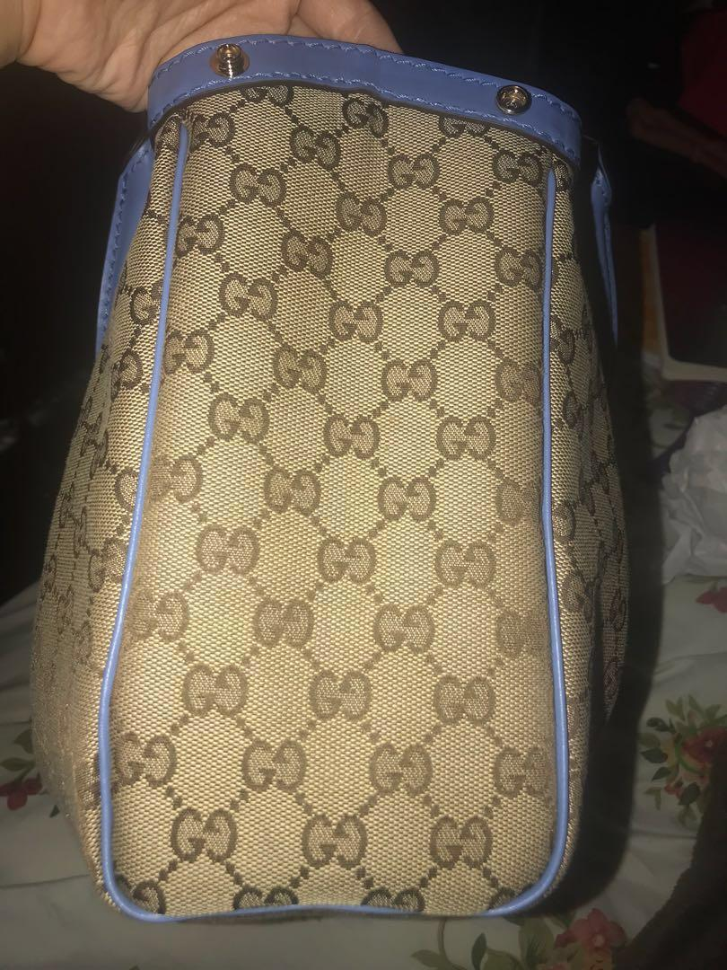 Gucci sukey hand bag purse