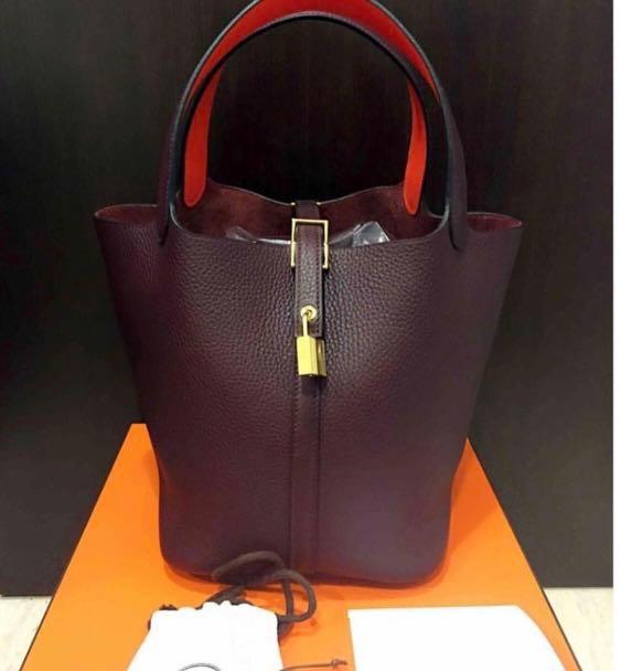 aa984317b631 Home · Luxury · Bags   Wallets · Handbags. photo photo photo