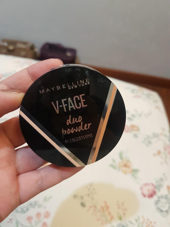 Maybelline V Face Duo Powder Bronzer Contour Highlighter Contouring Kesehatan Kecantikan Rias Wajah Di Carousell