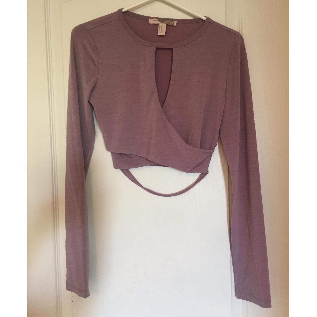 Forever 21 Medium Mauve Contemporary Long Sleeve Key Hole Shirt