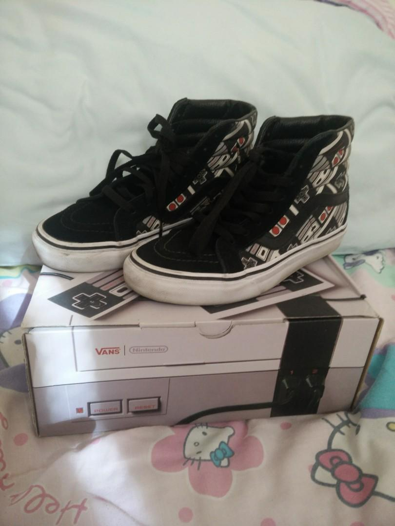 Nintendo Vans Controller Shoes (Womens 5.5/Mens 4)