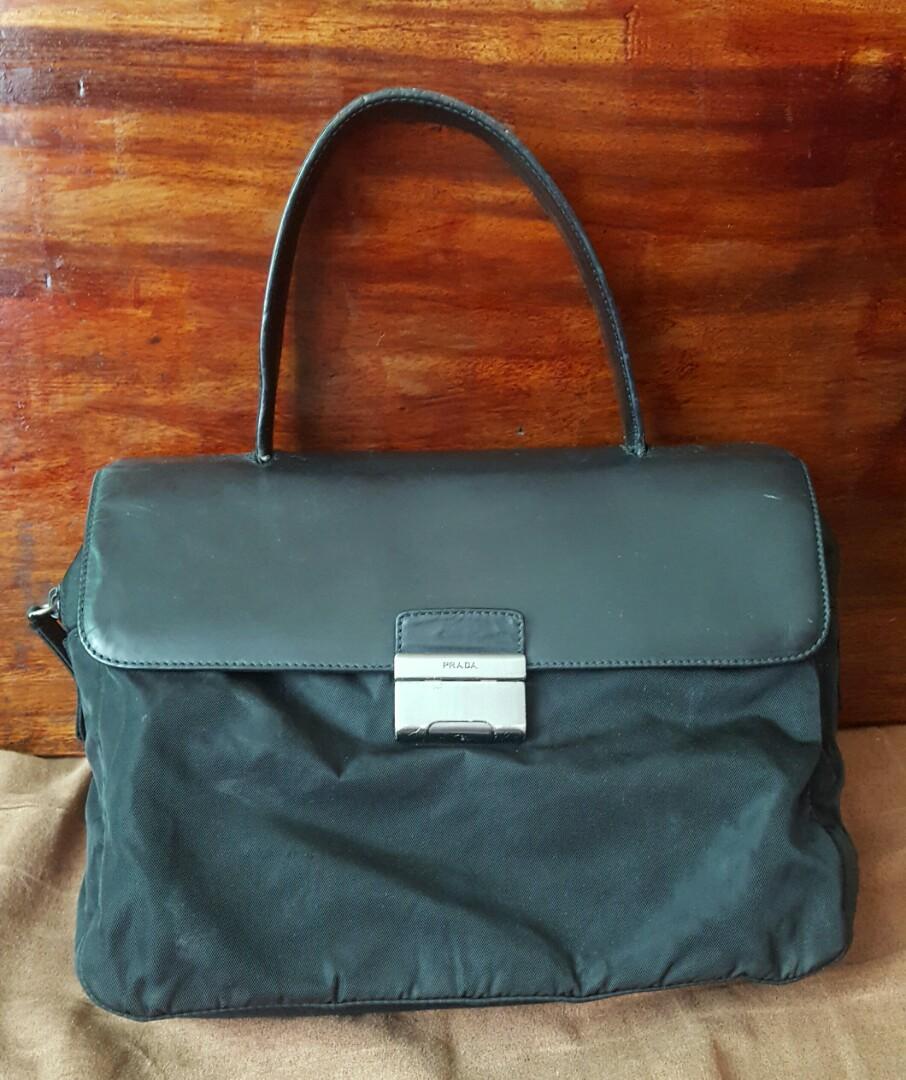 bf8ee6644967 Original PRADA handbag