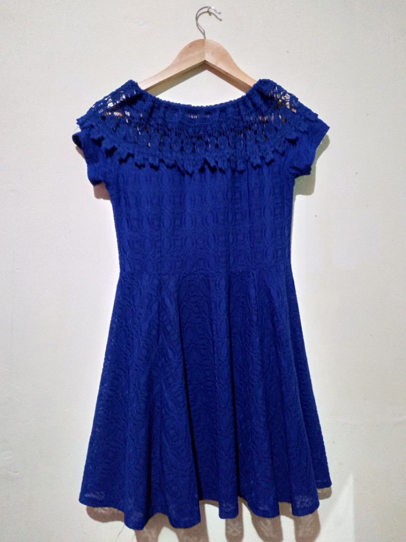 6a727d89756 Pre-loved dark blue off-shoulder dress