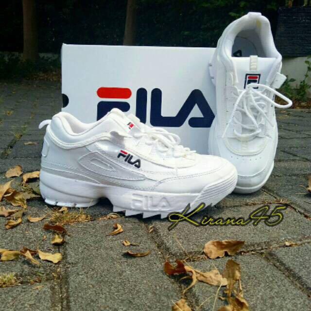 Sepatu FILA White Ladies Sneakers Fashion Gratis Ongkir 103def48a8