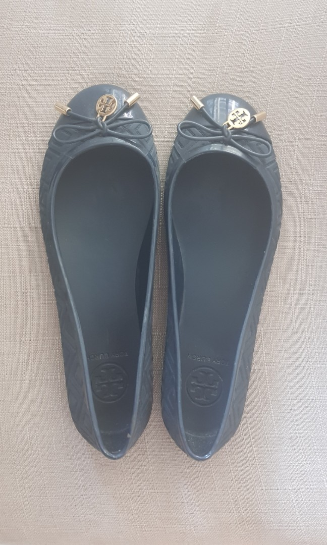 3411b59caeb Tory burch jelly shoes