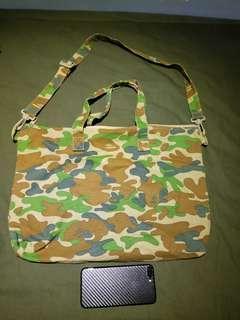 Bape shoulder bag 100%real 99%new