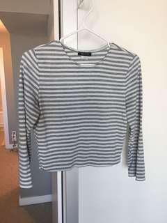 Ribbed cropped striped crew neck