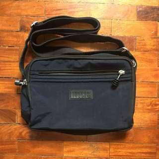 Hedgren Sling Bag Navy