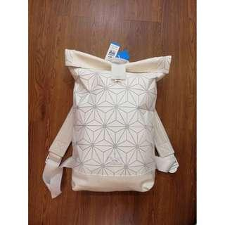 FREE POSTAGE + FREE GIFT!! Adidas 3D Backpack x Issey Miyake | TRIPLE WHITE