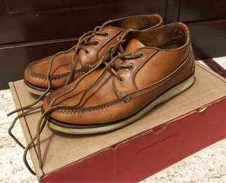 FOR SALE! Redwing Handsewn Chukka Boots (No. 09143) Authentic.