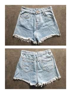 Tattered Highwaist Shorts Size 27