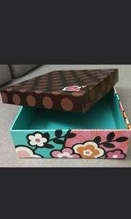 🚚 Home Favourite Mooncake Box and Paper Bag
