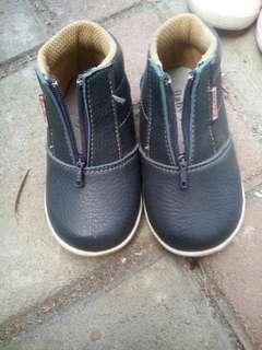diskon!!! sepatu anak sz 5