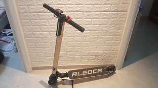 Fast deal!!! Alecoa E-potenza Als escooter