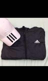 🚚 Adidas風衣外套