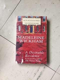 A Desirable Residence by Madeleine Wickham/Sophie Kinsella