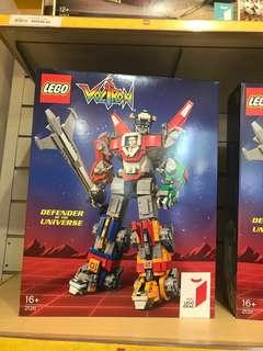LEGO 21311 Defender of the Universe Ideas Voltron