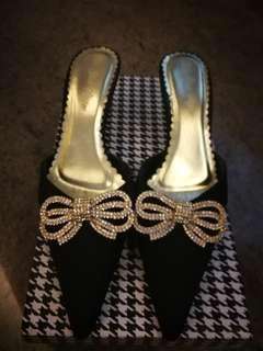 Beautiful evening shoes with diamonte ribbons