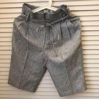 Made in Korea Mac Queen 灰色半截西褲