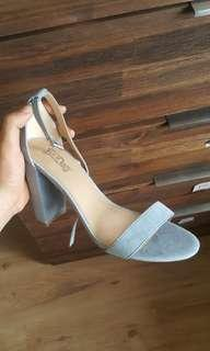 Preloved - Super Cute Denim Blue Heels - Size 9