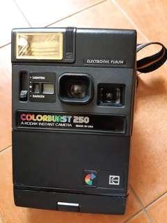 Used Kodak Colorburst 250 camera polaroid vintage