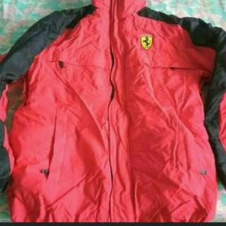 🚚 New and Authentic Ferrari warm Jacket With Hoodie