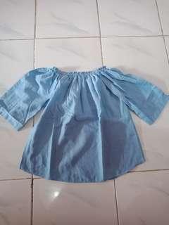 Atasan sabrina soft blue
