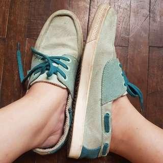 Shoes / sepatu ellesse italia size 38 39 model semi slip on warna mint tosca