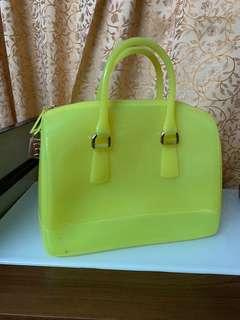 Authentic furla candy bag,80%neweith dust bag,conditions as pic,size 25*20*15cm