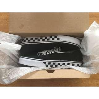 ✨ VANS ✨ AUTHENTIC CHECKERED ( BLACK / WHITE )