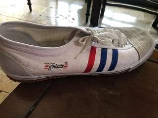 Sepatu kodachi big size