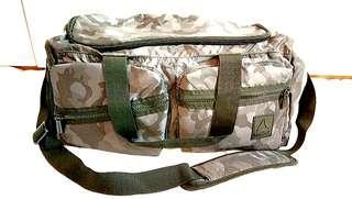 💯🔴 Original REEBOK Camo Army Sling Bag not Bape Porter Stussy