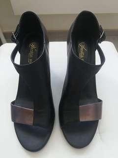 ❗️1折 ❤️ Venilla Suite size:37 high heels 👠 shoes 拼色 高踭鞋 女神鞋
